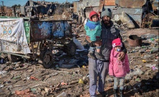 Pobreza podría llegar al 33 por ciento en Argentina este año
