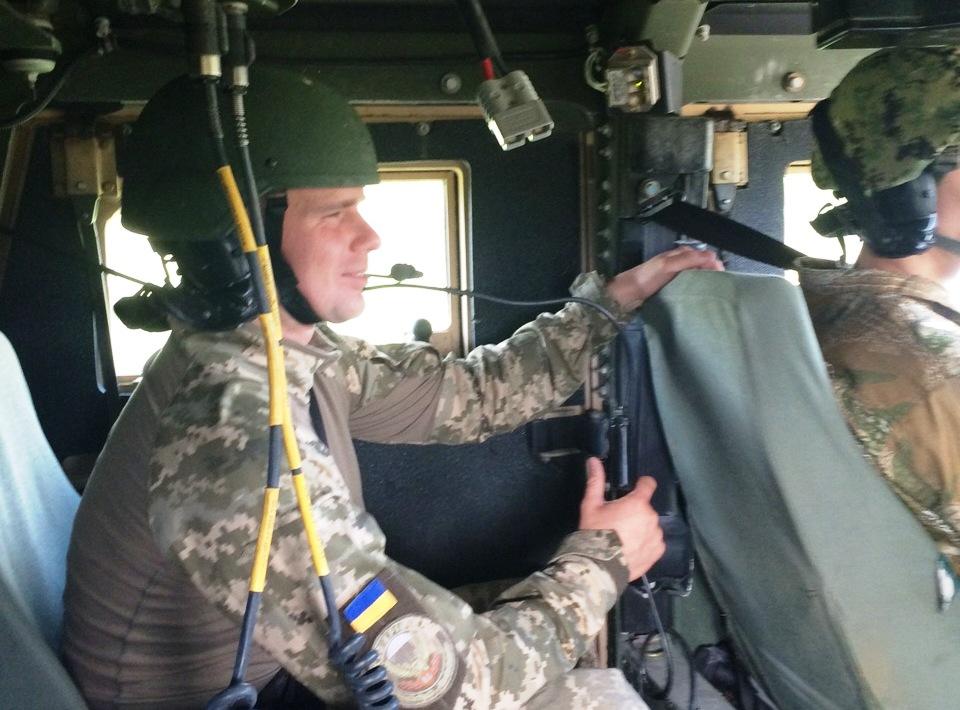 підготовка водіїв-інструкторів автомобілів HMMWV