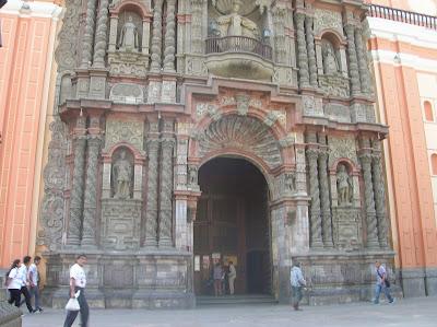 Convento de la Merced, Lima, Perú, La vuelta al mundo de Asun y Ricardo, round the world, mundoporlibre.com