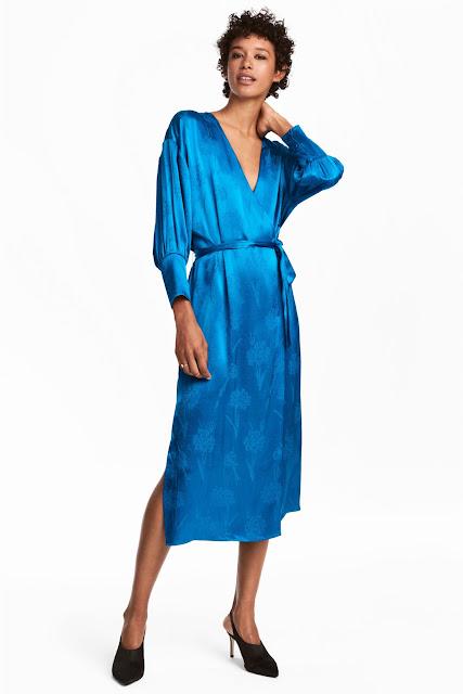 Шовкова синя сукня
