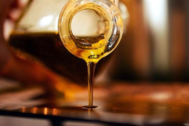 多數人吃的油是化學油 因為以最大的通路商「全聯」來說 謠言 食用油