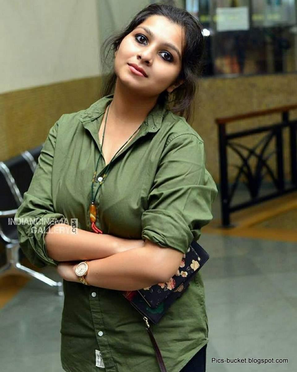 Beautiful Malayalam Actress Hot Photos And Wallpapers-7302