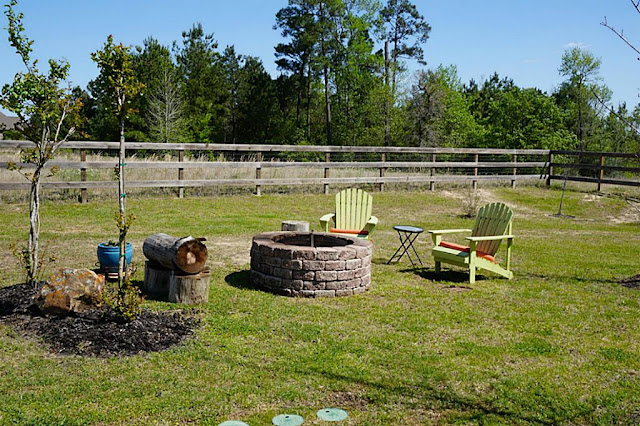 Fire Pit-House Hunting-Texas Hill Country House- From My Front Porch To Yours