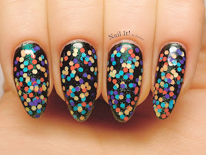 http://nail-it-by-inanna.blogspot.com/2014/10/mikro-kropki.html