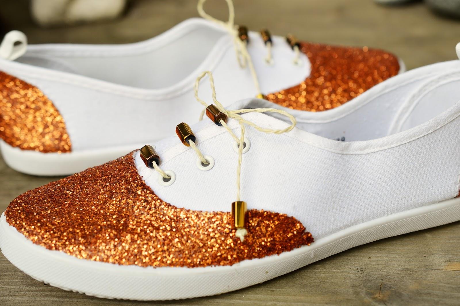 DIY Glitter Shoes | Motte's Blog