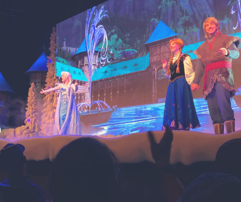 Things That Will Take Your Breath Away In Walt Disney World | Singing along with Elsa and Anna will leave a lump in your throat.