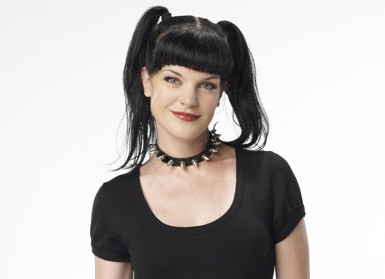 pauley-perrette-pin-up-pictures