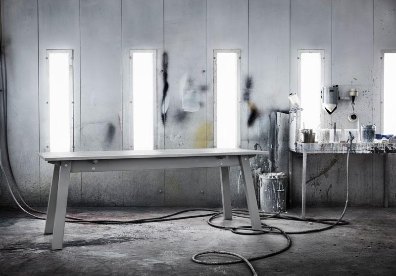 tavolo collezione INDUSTRIELL di IKEA