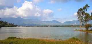tempat wisata di banten rawa dano