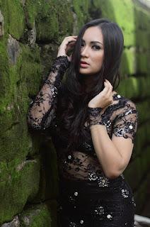 foto Fotografi Foto model Igo Cantik Devi dari Makassar toge