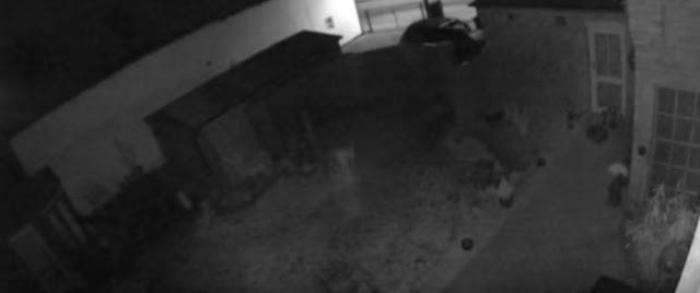 «Είδαν» από κάμερα ασφαλείας φάντασμα παιδιού (βίντεο)