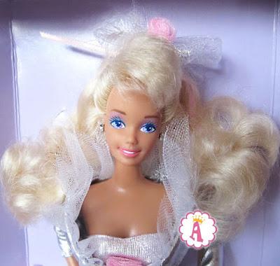 """Коллекционная барби блондинка с фиалковыми глазами """"Аплодисменты"""""""