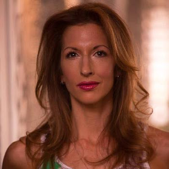 Interview with Orange is the New Black's Alysia Reiner- What' She's Up to Now