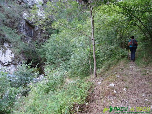 De Urdón a Tresviso: Subiendo del Rio Urdón