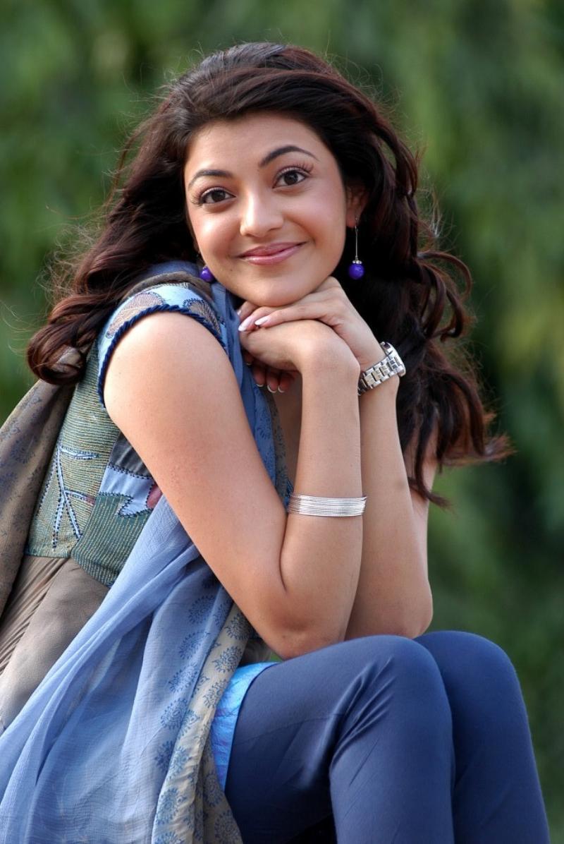 Actress Kajal Agarwal New Cute Photo Gallery