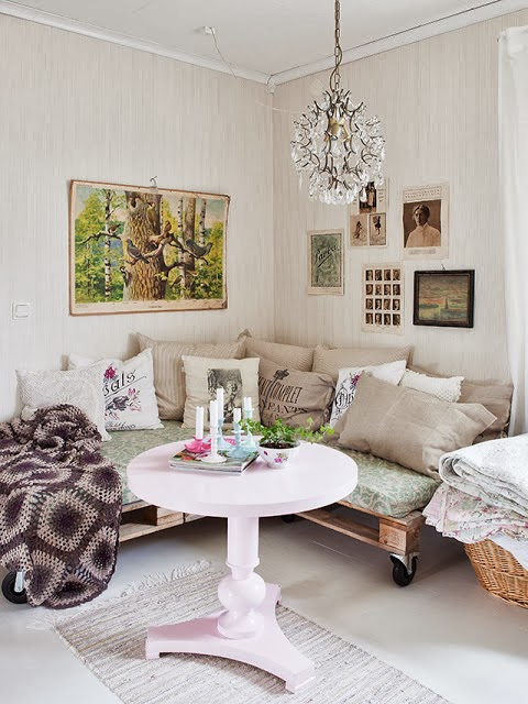 home garden 60 id es pour recycler des palettes. Black Bedroom Furniture Sets. Home Design Ideas