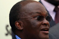 CS JAMES MACHARIA also defies UHURU's directive after RUTO said he can't be ordered around - Vows to launch new roads all over