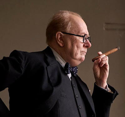 EL INSTANTE MÁS OSCURO - Gary Oldman es Winston Churchill