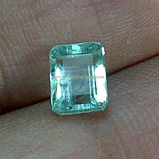 Batu Permata Emerald Zamrud Colombia - ZP 881