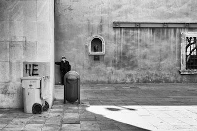 En Ciudad de México, by Guillermo Aldaya / PhotoConversa