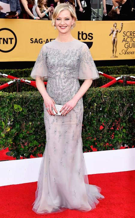 Gretchen Mol in Dennis Basso at the SAG Awards 2015