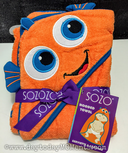 Hooded Nemo towel