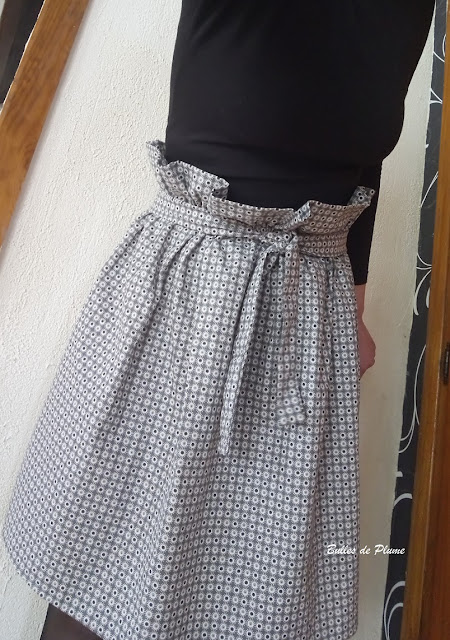 Bulles de Plume Jupe Taille Haute Femme (Couture)
