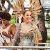 Ivete Sangalo comemora o título de música do carnaval 2020