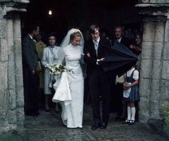 The Royal Order Of Sartorial Splendor Wedding Wednesday Ss Gloucester S Gown