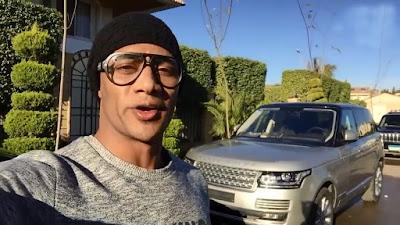 بالفيديو محمد رمضان يستعرض سياراته الفارهة