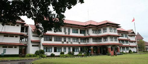 SMA Dwi Warna Sebagai Sekolah Boarding Terbaik