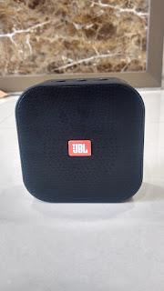 JBl rd Bluetooth speaker