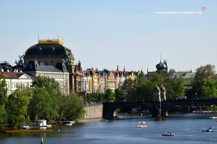 Stroll across the medieval Charles Bridge in Prague | Ms. Toody Goo Shoes #prague #charlesbridge