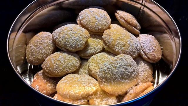 lusikkaleipä lusikkaleivät pikkuleipä pikkuleivät leivonta pääsiäinen juhla biscuit