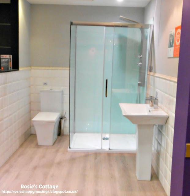 Cooke & Lewis Shower Suite