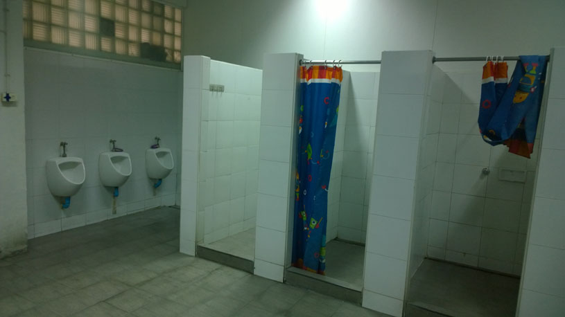 Swimming Pool Bathrooms - Bathroom Design Ideas