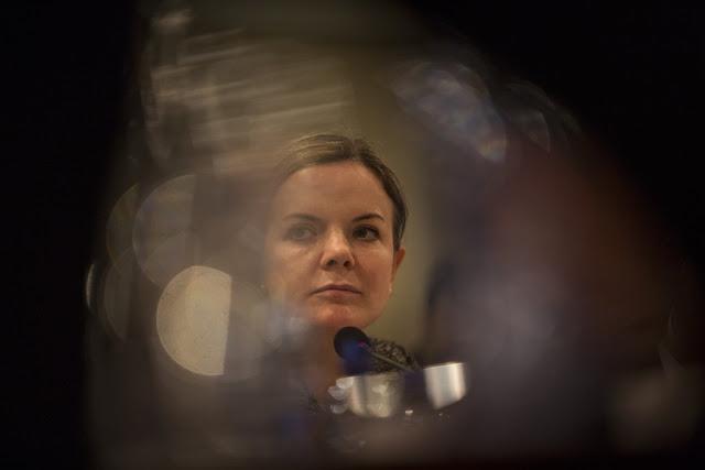 PT elege Gleisi Hoffman presidente do partido