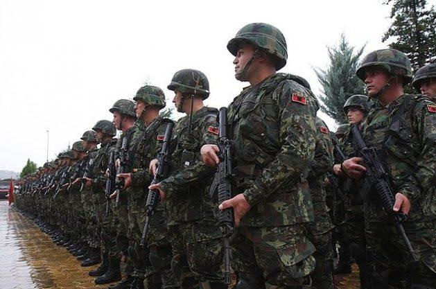 Albanian military troops