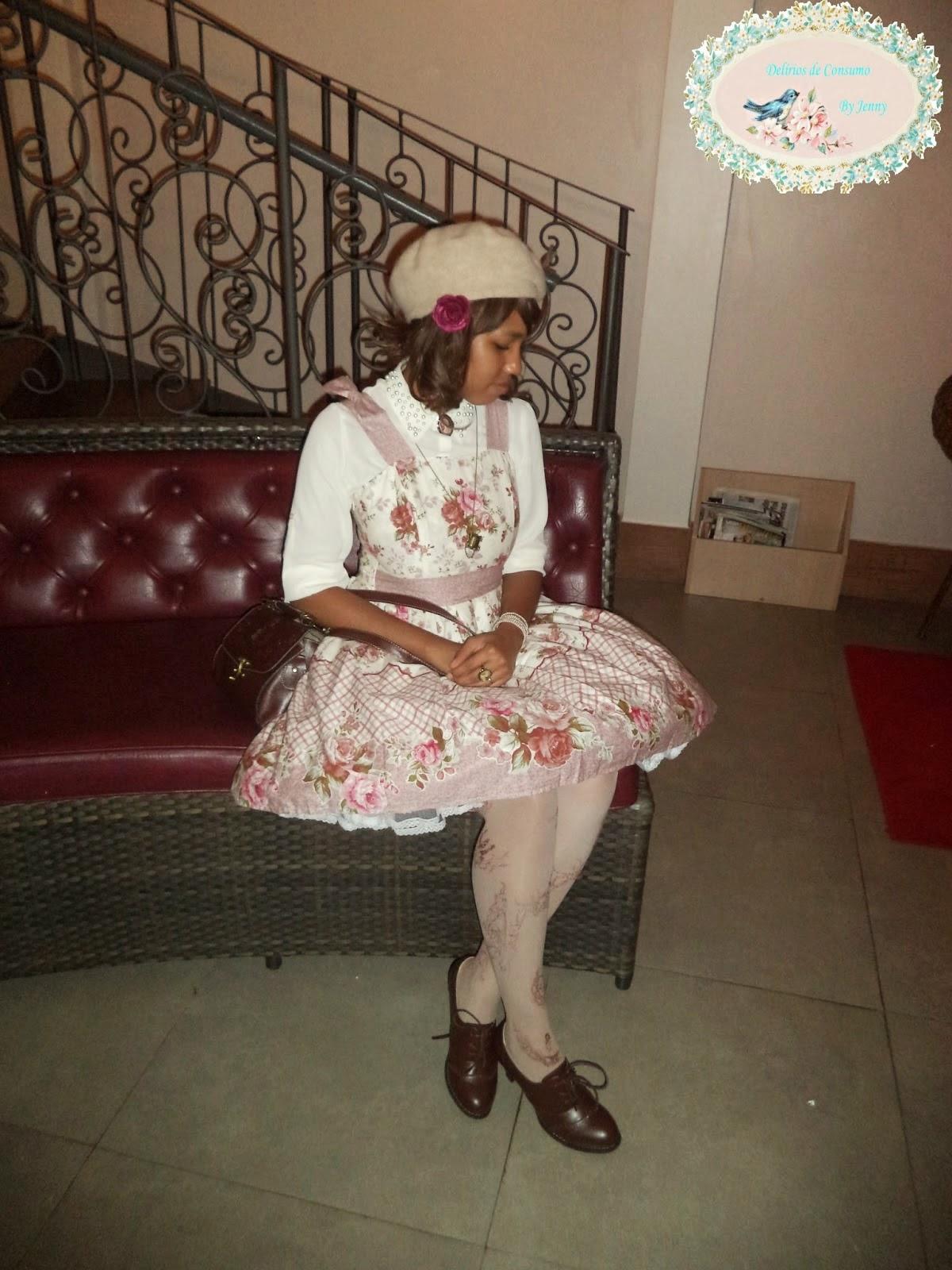 http://deliriosdeconsumismo.blogspot.com.br/2014/05/ultimos-outfits-lolita.html