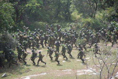 Nigerian Soldiers Undergo Serious Training At A Forest In Kano
