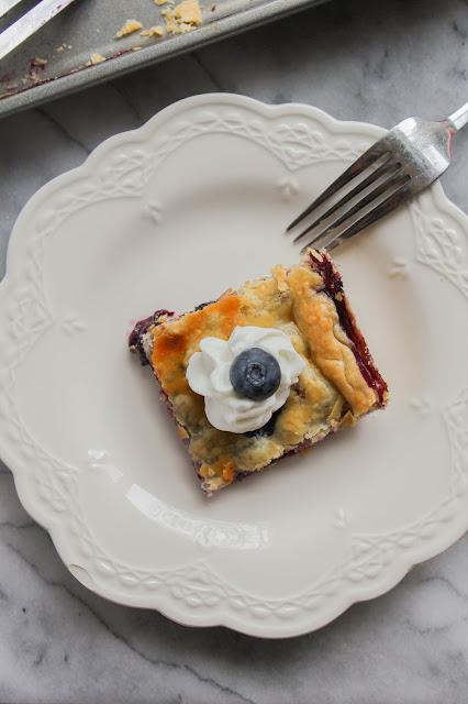 Blueberry Slab Pie | The Chef Next Door #SundaySupper