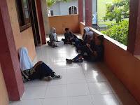 Belum Punya Gedung Sekolah Sendiri, KBM di SMPN 13 Kota Bima Lumpuh Total