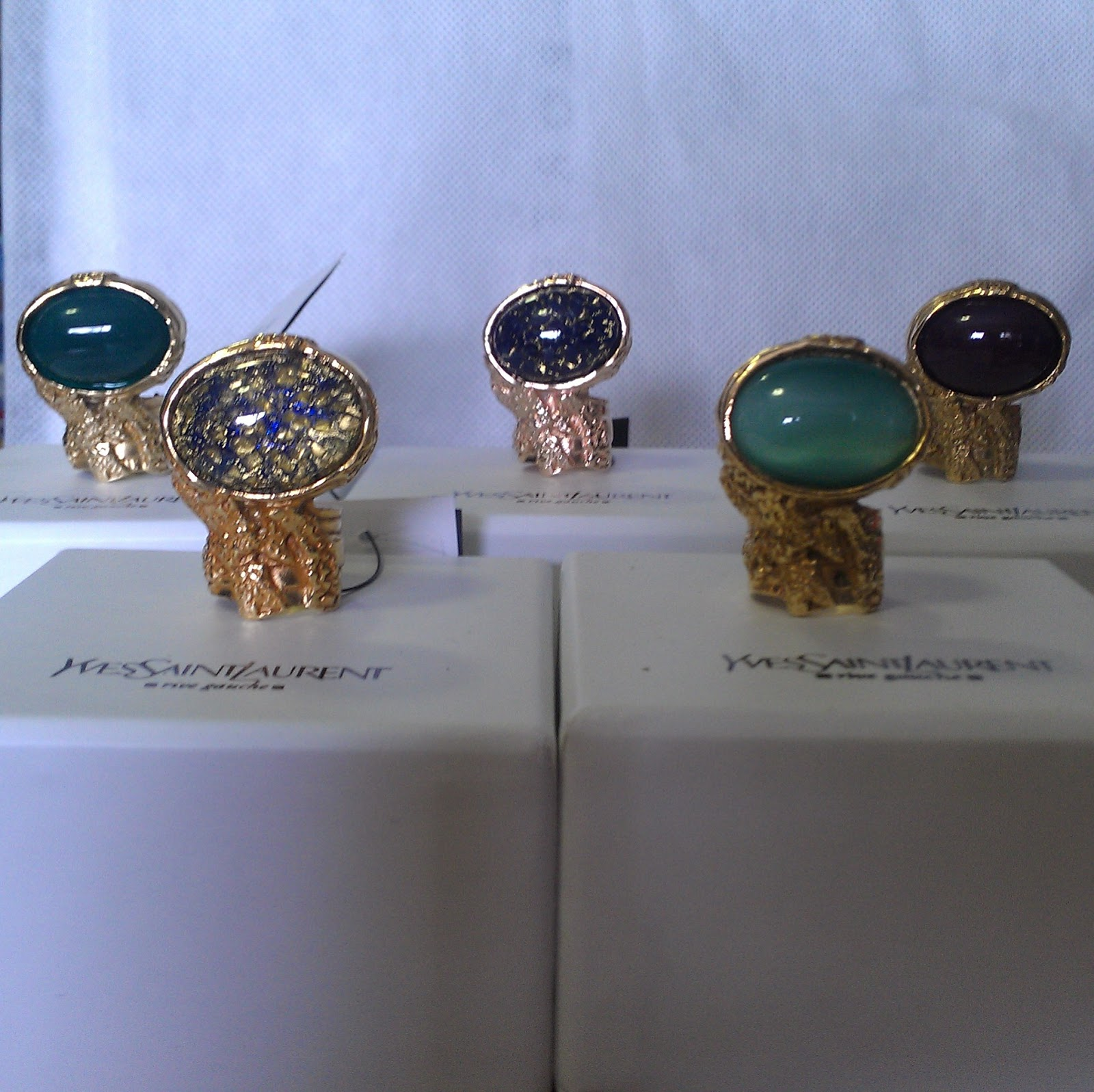 dce5b08d9201 Hermosa vogue arty ring overdose jpg 1600x1597 People with ysl arty ring