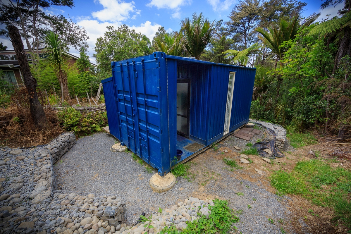 02-Exterior-View-Brenda-Kelly-10-Square-Meters-Off-Grid-Shipping-Container-Tiny-House-www-designstack-co