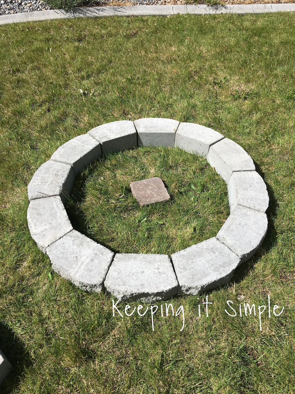 Fire pit designs using pavers