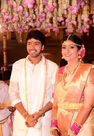 Allari Naresh, Biography, Profile, Age, Biodata, Family , Wife, Son, Daughter, Father, Mother, Children, Marriage Photos.