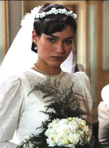 Dalila (Fernanda Machado) Alma Gemea, vestido de noiva anos 40