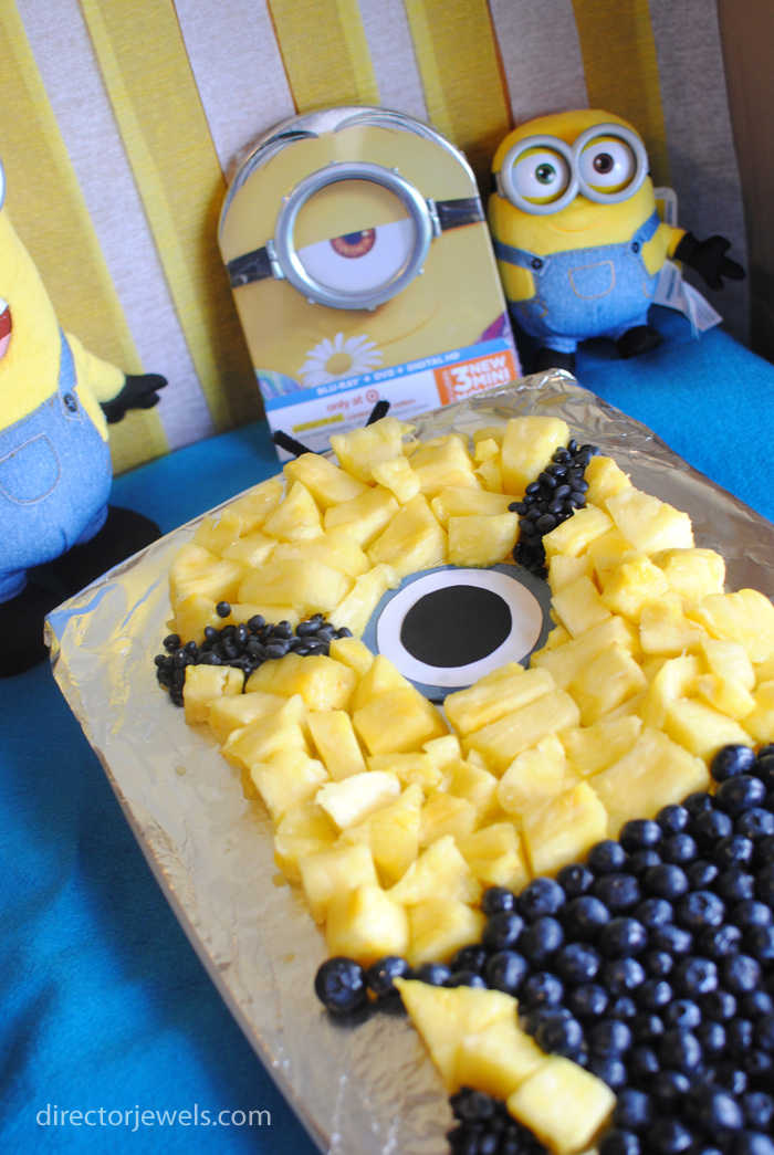 Minions Party Table and Fruit Tray | Minions Despicable Me Party Ideas at directorjewels.com