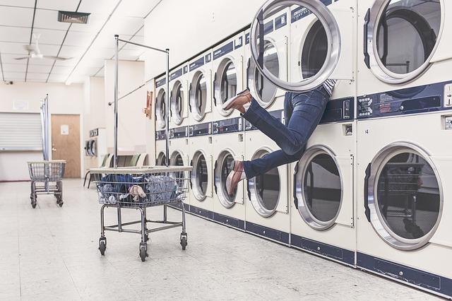 Conheça os símbolos de lavagem das etiquetas