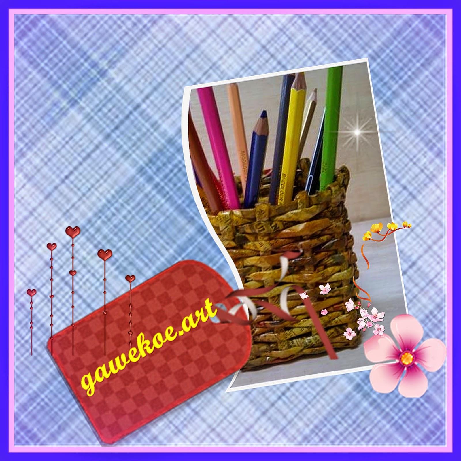 8+ Kerajinan Kertas Kotak Pensil